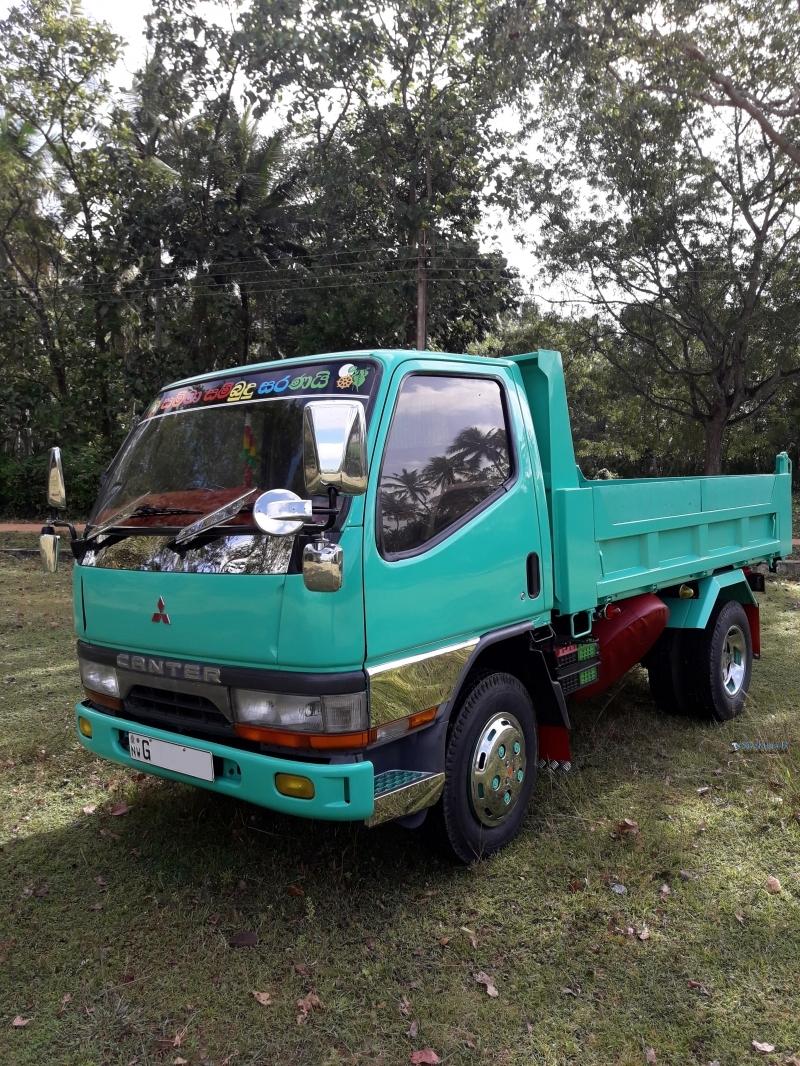 Mitsubishi Tipper 1996