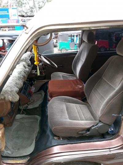 Toyota Hiace LH40V 1981