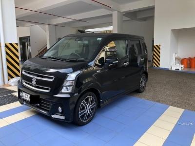 Suzuki Wagon R Stingray Turbo Black 2017