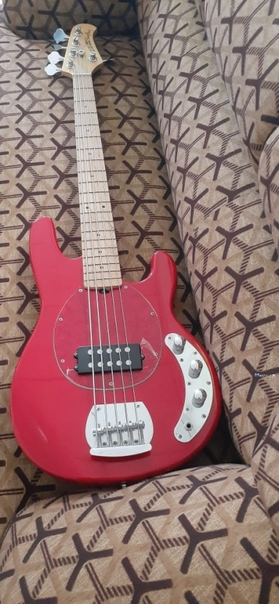Musicman Stingray 5 Bass Guitar