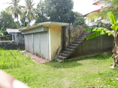 Shop with Land for Sale in Pothuhera