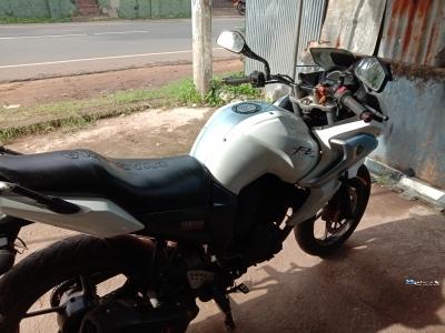 Yamaha FZ Fazer 2013