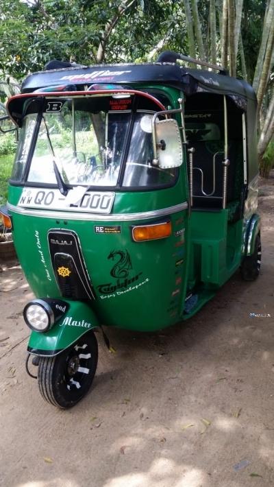 Bajaj Three Wheel 2008