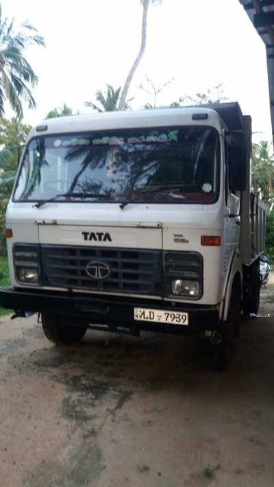 Tata LPK 1615