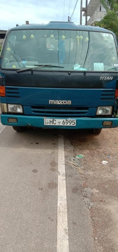 Mazda Titan 1999