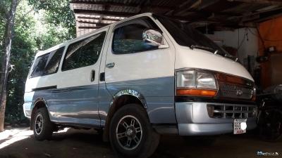 Toyota 1990
