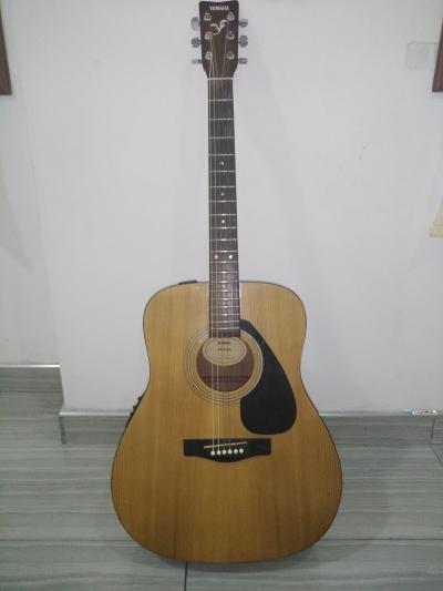 Yamaha Semi Acoustic Guitar