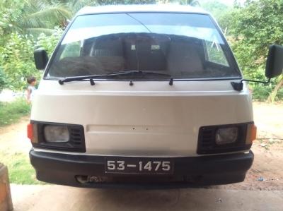 Nissan Vanette 1985