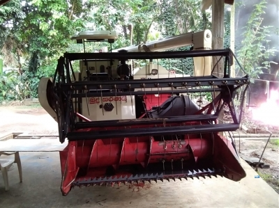 Browns World Combine Harvester with Tractor