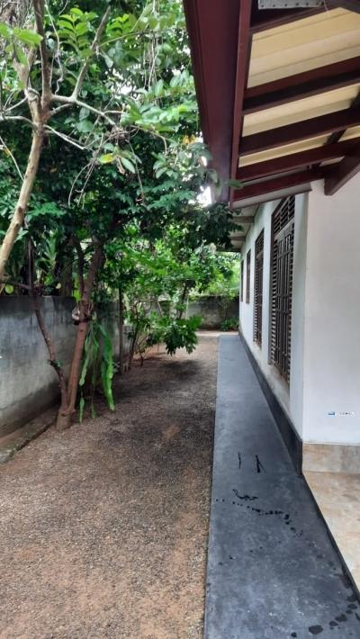 House for Sale in Galle(Walahanduwa)