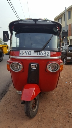 Bajaj 4 Strke Three Wheeler