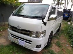 Toyota KDH Super GL 2011