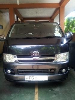 Toyota KDH 200 Super GL
