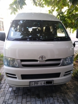 Toyota KDH 200K 2006
