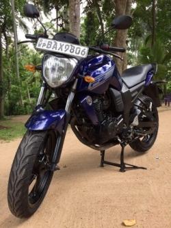 Yamaha FZ 2013