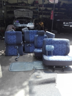CR 42 NOAH Seat set Hingurakgoda