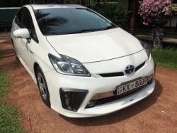 Toyota Prius G Limited 2012