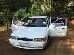 Mazda Familia 1989