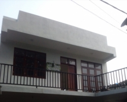 Upstairs House for Rent Mirihana