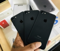 Apple iPhone 7 128GB (Used)