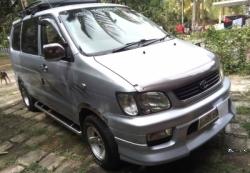 Toyota Noah CR42 1999