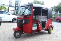 Bajaj Re 4 Stroke Three Wheeler