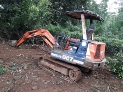 Kubota 27 Excavation