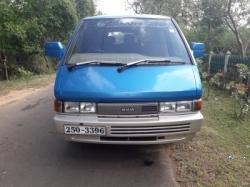 Nissan Largo 1992