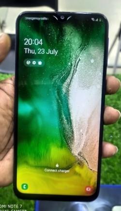 Samsung Galaxy M20 (Used)