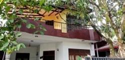 Upstairs House for Rent in Athurugiriya