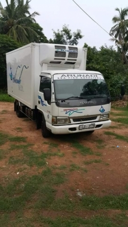 Isuzu ELF 350 Lorry 2009