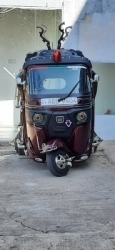 Bajaj 4 Strock Three Wheeler