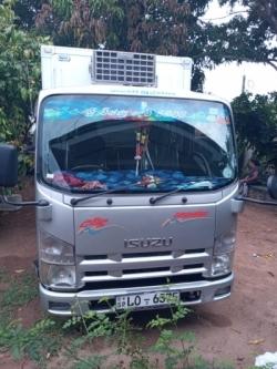 Isuzu Freezer Lorry 2011