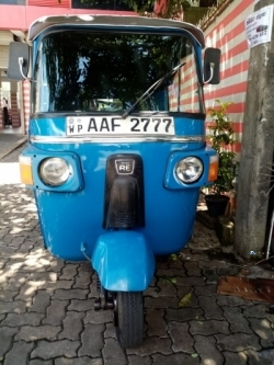 Bajaj RE 4Strock ThreeWheeler 2012